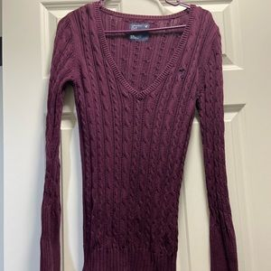 Cable Knit Long Sleeve Sweater - Maroon